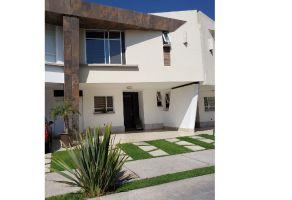 Foto de casa en venta en Bosques del Refugio, León, Guanajuato, 15941276,  no 01