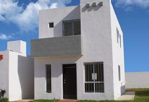 Foto de casa en venta en Tixcacal Opichen, Mérida, Yucatán, 15864693,  no 01