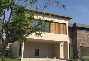 Foto de casa en venta en El Campanario, Querétaro, Querétaro, 14677202,  no 01