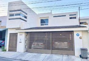 Foto de casa en venta en Valle del Country, Guadalupe, Nuevo León, 20632423,  no 01