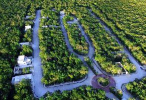 Foto de terreno habitacional en venta en Playa del Carmen, Solidaridad, Quintana Roo, 17117200,  no 01