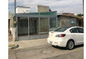 Foto de casa en renta en Jardines Alcalde, Guadalajara, Jalisco, 7154968,  no 01