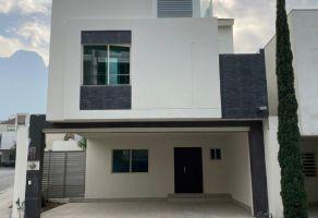 Foto de casa en venta en Puerta de Hierro Cumbres, Monterrey, Nuevo León, 20634891,  no 01