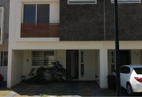 Foto de casa en venta en Jardines Del Valle, Zapopan, Jalisco, 6894092,  no 01