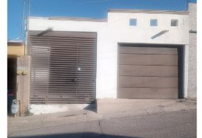 Foto de casa en venta en Jardines Universidad I, Chihuahua, Chihuahua, 22238108,  no 01