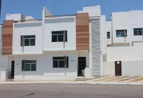 Foto de casa en venta en Los Olvera, Corregidora, Querétaro, 13680133,  no 01