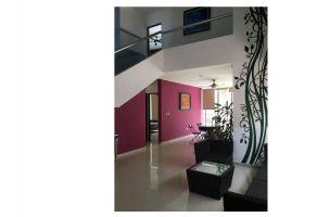 Foto de casa en venta en Altabrisa, Mérida, Yucatán, 7155880,  no 01