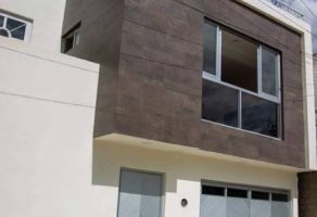 Foto de casa en venta en Forestal, Santa María Atzompa, Oaxaca, 20604933,  no 01