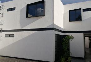 Foto de casa en venta en Barrio Mezquitan, Guadalajara, Jalisco, 21831761,  no 01