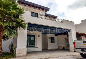 Foto de casa en venta en Del Bosque 1a Secc, Celaya, Guanajuato, 14429949,  no 01