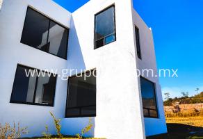 Foto de casa en venta en Centro, Cuautla, Morelos, 19962500,  no 01