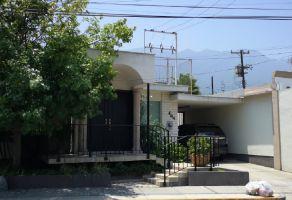 Foto de casa en venta en Del Valle, San Pedro Garza García, Nuevo León, 6701283,  no 01