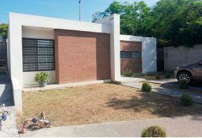 Foto de casa en venta en Bosque Residencial, Santiago, Nuevo León, 15387382,  no 01