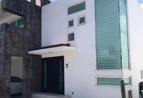 Foto de casa en venta en Coaxustenco, Metepec, México, 15914937,  no 01