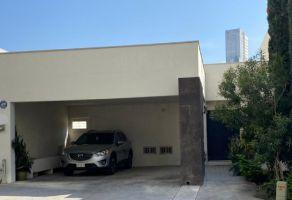 Foto de casa en venta en Dinastía 1 Sector, Monterrey, Nuevo León, 19177531,  no 01
