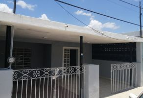 Foto de casa en venta en Jardines de San Sebastian, Mérida, Yucatán, 16829618,  no 01