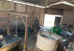 Foto de bodega en venta en Artesanos, San Pedro Tlaquepaque, Jalisco, 15286053,  no 01