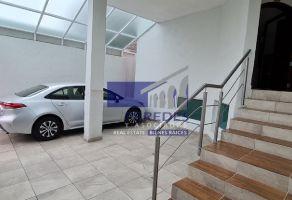 Foto de casa en venta en Chapultepec Oriente, Morelia, Michoacán de Ocampo, 21848290,  no 01