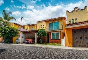Foto de casa en venta en Lomas de Cortes, Cuernavaca, Morelos, 19856855,  no 01