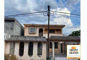 Foto de casa en venta en Centro de Desarrollo Comunitario CEDECO, San Nicolás de los Garza, Nuevo León, 18624799,  no 01