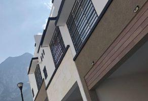 Foto de casa en venta en Real del Valle 2 Sector, Santa Catarina, Nuevo León, 16844030,  no 01