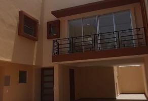 Foto de casa en venta en Nueva Oriental Coapa, Tlalpan, DF / CDMX, 21658656,  no 01
