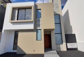 Foto de casa en venta y renta en Loma Juriquilla, Querétaro, Querétaro, 17176193,  no 01