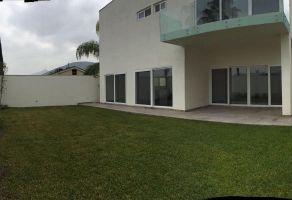 Foto de casa en venta en Valle de Chipinque, San Pedro Garza García, Nuevo León, 5684638,  no 01