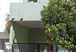 Foto de casa en venta en Privadas de La Montaña, Santa Catarina, Nuevo León, 22096192,  no 01