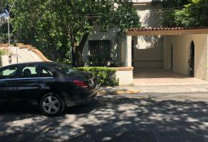 Foto de casa en renta en Del Valle Sect Norte, San Pedro Garza García, Nuevo León, 15523982,  no 01