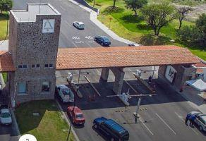 Foto de casa en condominio en venta en El Campanario, Querétaro, Querétaro, 12629654,  no 01