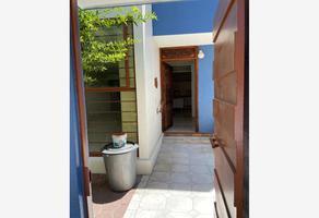 Foto de casa en venta en a una cuadra del boulevard garcia de leon 1, nueva chapultepec, morelia, michoacán de ocampo, 0 No. 01