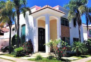 Foto de casa en venta en Colinas de San Javier, Zapopan, Jalisco, 15240867,  no 01