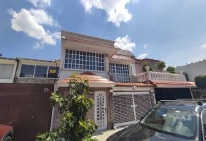 Foto de casa en venta en San Lucas Tepetlacalco, Tlalnepantla de Baz, México, 21572208,  no 01