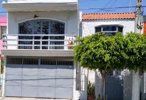 Foto de casa en venta en Atemajac Del Valle, Zapopan, Jalisco, 13167027,  no 01