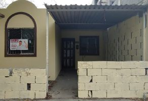 Foto de casa en venta en Los Encinos, Apodaca, Nuevo León, 20967434,  no 01