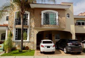 Foto de casa en venta en Callejón del Parque, Zapopan, Jalisco, 17545471,  no 01