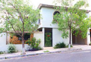 Foto de casa en venta en Burócratas del Estado, Monterrey, Nuevo León, 14968028,  no 01