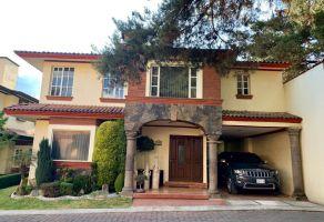 Foto de casa en venta en Santa María Magdalena Ocotitlán, Metepec, México, 17354238,  no 01