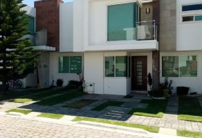 Foto de casa en venta en Lomas de Angelópolis II, San Andrés Cholula, Puebla, 15454644,  no 01