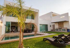Foto de casa en venta en Tequesquitengo, Jojutla, Morelos, 20802790,  no 01