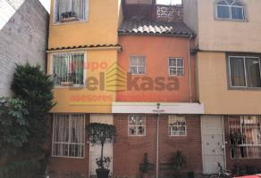 Foto de casa en venta en Agrícola Pantitlan, Iztacalco, DF / CDMX, 15138977,  no 01