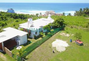Foto de casa en venta en  , agua blanca, santa maría tonameca, oaxaca, 18938092 No. 01