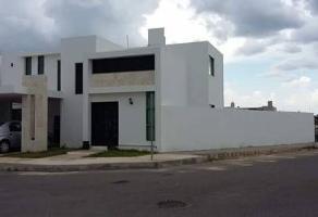Foto de casa en venta en  , altabrisa, mérida, yucatán, 14046995 No. 01