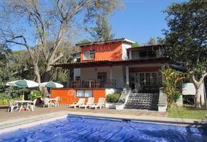 Foto de edificio en venta en  , analco, cuernavaca, morelos, 8887598 No. 01