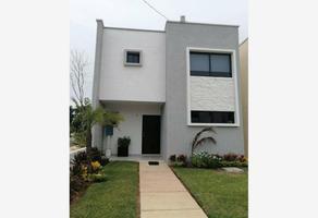 Foto de casa en venta en avenid 135 ., supermanzana 527, benito juárez, quintana roo, 20274824 No. 01