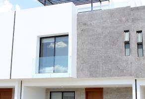 Foto de casa en venta en avenida camino real a colima , ojo de agua, san pedro tlaquepaque, jalisco, 5460331 No. 01
