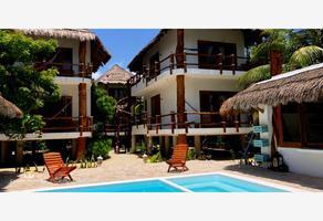 Foto de terreno habitacional en venta en avenida damero , isla de holbox, lázaro cárdenas, quintana roo, 16549082 No. 01