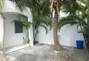 Foto de casa en venta en avenida de las torres , gran santa fe, benito juárez, quintana roo, 0 No. 01