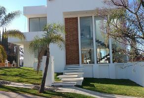 Foto de casa en venta en avenida del reno oriente segunda sección 167, bugambilias, zapopan, jalisco, 0 No. 01